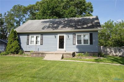 Toledo Single Family Home For Sale: 3159 Millicent Avenue