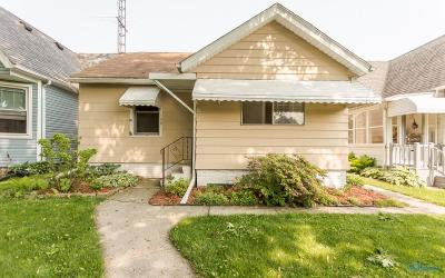 Rossford Single Family Home For Sale: 159 Elm Street