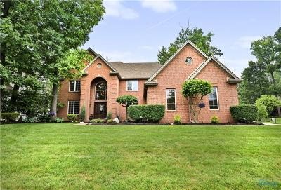 Maumee Single Family Home Contingent: 7852 Quail Creek Road