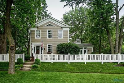 Perrysburg Single Family Home Contingent: 343 W Indiana Avenue