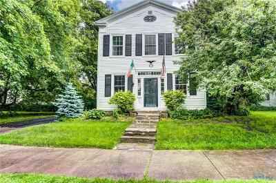 Perrysburg Single Family Home For Sale: 514 W Front Street
