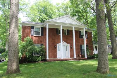 Toledo Single Family Home For Sale: 4622 Beaconsfield Court
