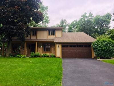 Toledo Single Family Home For Sale: 7012 Leicester Road