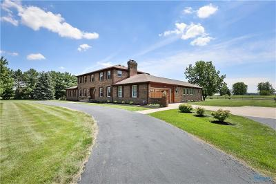 Perrysburg Single Family Home Contingent: 15645 Five Point Road