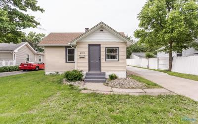 Toledo Single Family Home For Sale: 2408 Murray Drive