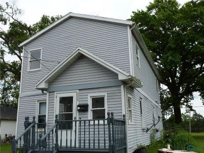 Ottawa Hills, Monclova, Oregon, Rossford, Swanton, Berkey, Metamora, Lyons, Whitehouse, Waterville Single Family Home For Sale: 228 Osborne Street