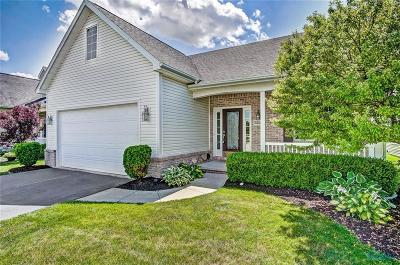 Perrysburg Single Family Home For Sale: 3224 Rivers Edge Drive