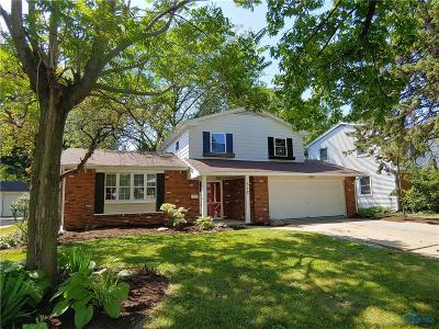 Maumee Single Family Home For Sale: 512 Orchard View Drive