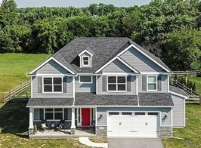 Perrysburg OH Single Family Home Contingent: $309,900