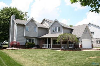 Ottawa Hills, Monclova, Oregon, Rossford, Swanton, Berkey, Metamora, Lyons, Whitehouse, Waterville Single Family Home For Sale: 1308 Oaktree Court