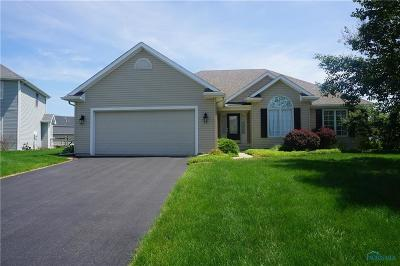 Perrysburg Single Family Home For Sale: 1843 Whispering Way