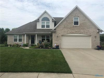 Ottawa Hills, Monclova, Oregon, Rossford, Swanton, Berkey, Metamora, Lyons, Whitehouse, Waterville Single Family Home Contingent: 6944 Saratoga Court