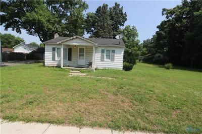 Holland Single Family Home For Auction: 7020 Kipling Drive