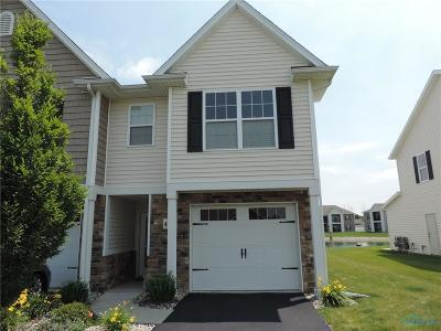 Maumee Condo/Townhouse For Sale: 4745 Lakeside Drive