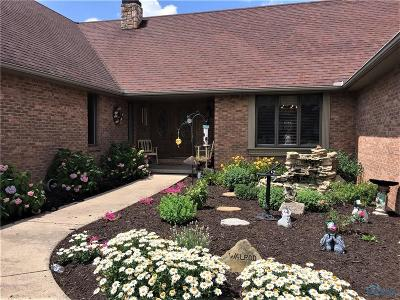 Perrysburg Single Family Home For Sale: 29263 Belmont Lake Road