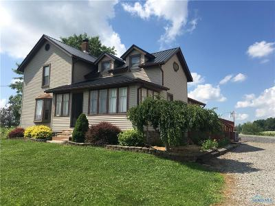 Edon OH Single Family Home For Sale: $219,000