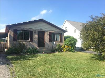 Toledo Single Family Home For Sale: 2707 101st Street