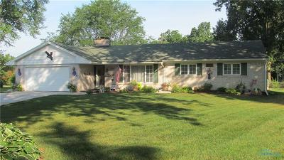 Toledo Single Family Home For Sale: 2210 Greenrose Court