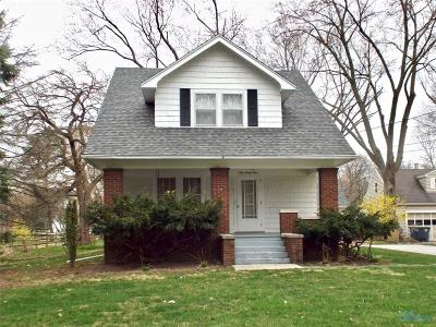 Perrysburg Single Family Home For Sale: 939 Walnut Street