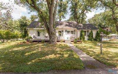 Toledo Single Family Home For Sale: 1717 Eastgate Road