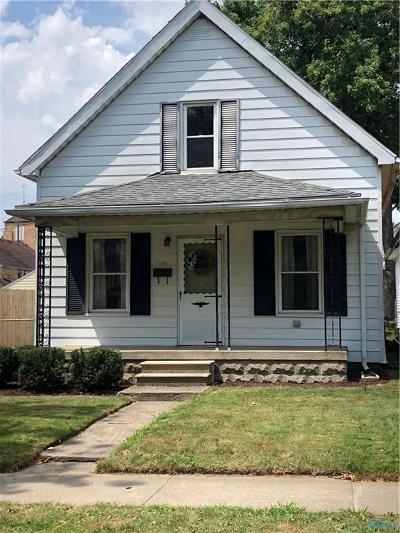 Rossford Single Family Home Contingent: 160 Maple Street