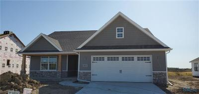 Perrysburg Condo/Townhouse For Sale: 15027 Hickory Creek Court #Lot 107