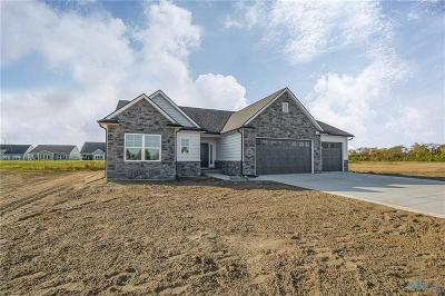 Maumee Single Family Home For Sale: 7529 Peppergrass Crossing