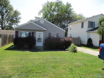Oregon OH Single Family Home For Sale: $109,900