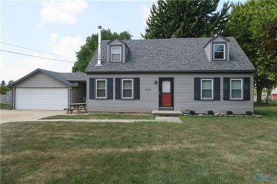 Maumee Single Family Home Contingent: 1451 Cass Road