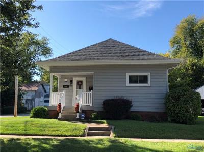 Single Family Home For Sale: 866 Washington Avenue