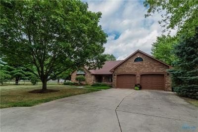 Perrysburg Single Family Home For Sale: 855 Heathermoor Lane