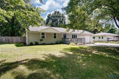Maumee Single Family Home Contingent: 9031 Garden Road