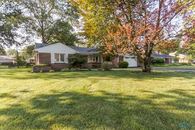 Toledo Single Family Home For Sale: 3717 Heatherdowns Boulevard