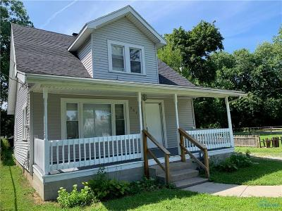 Single Family Home For Sale: 5643 Mantey Lane