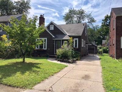 Toledo Single Family Home For Sale: 3151 Goddard Road