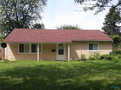 Toledo Single Family Home For Sale: 107 Dickens Drive