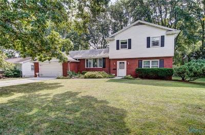 Maumee Single Family Home For Sale: 2212 Glenview Drive