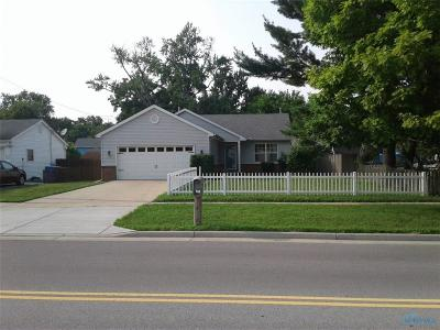 Holland Single Family Home For Sale: 7140 Front Street