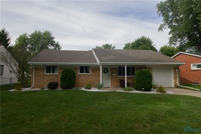 Waterville Single Family Home For Sale: 826 Cherry Lane