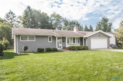 Perrysburg Single Family Home Contingent: 530 Willow Lane