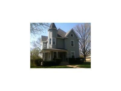 Springfield Single Family Home For Sale: 1601 N Plum Street