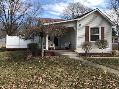 South Charleston Single Family Home Contingency/Show: 28 Collins Street