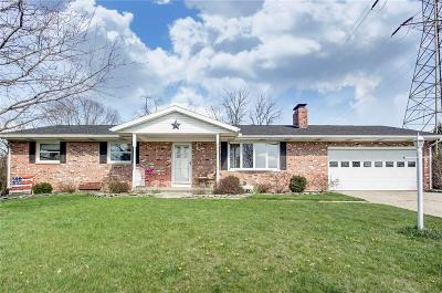 Springfield Single Family Home For Sale: 728 Suncrest Drive