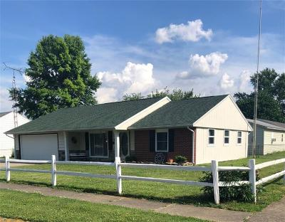 New Carlisle Single Family Home Contingency/Show: 908 Pepperwood Drive
