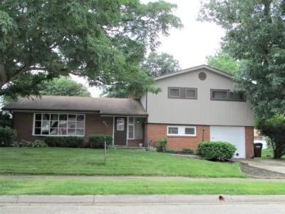 Single Family Home Sold: 521 Latimer Drive