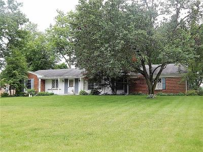 Springfield Single Family Home For Sale: 7611 Wrenview Drive