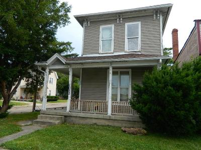 Springfield Multi Family Home For Sale: 1050-1052 Warder Street