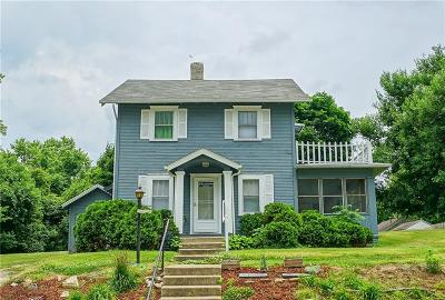 Springfield Single Family Home For Sale: 2210 Ontario