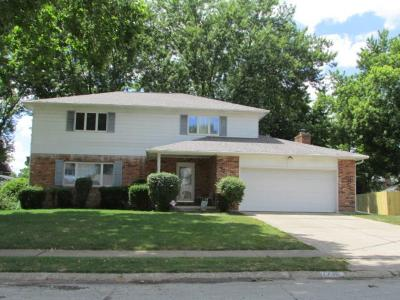 Single Family Home Sold: 2745 Woodford Drive