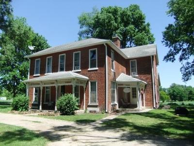 New Carlisle Single Family Home For Sale: 2182 N Dayton Lakeview